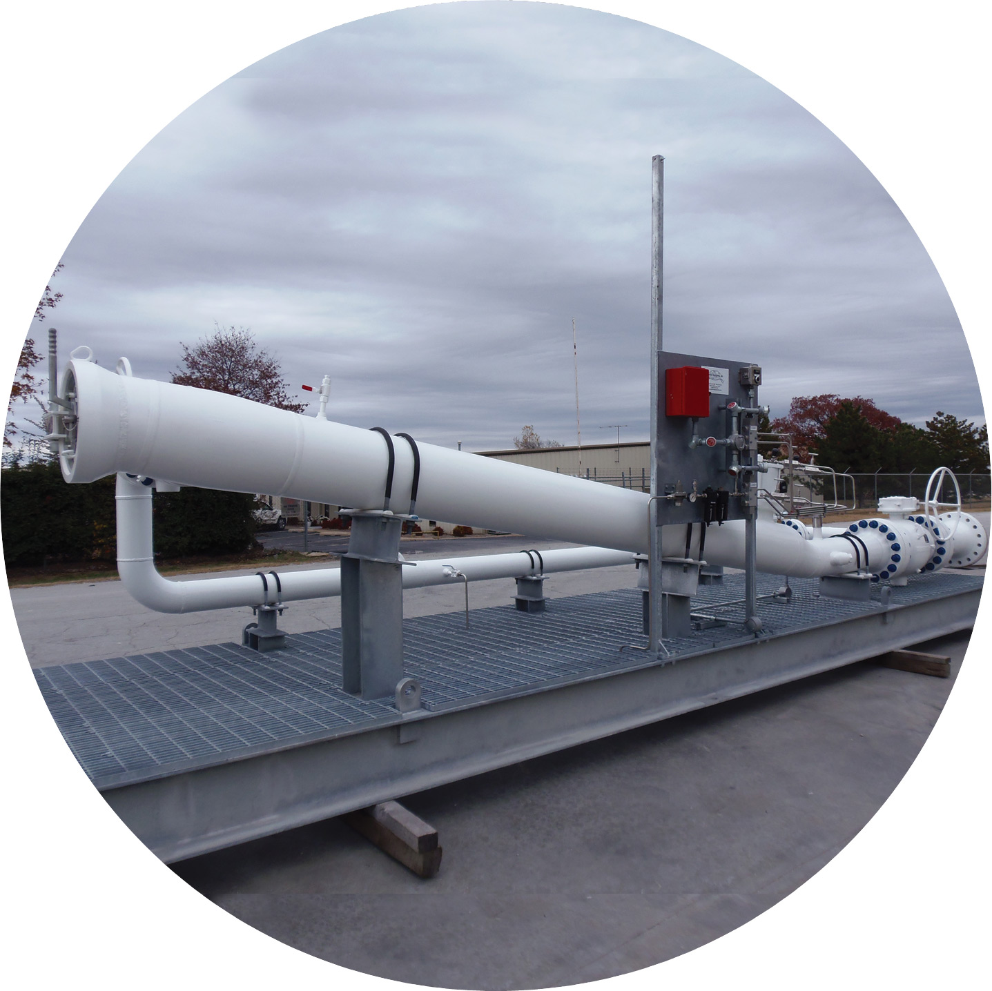 Pipeline Equipment Launcher and Receiver photo