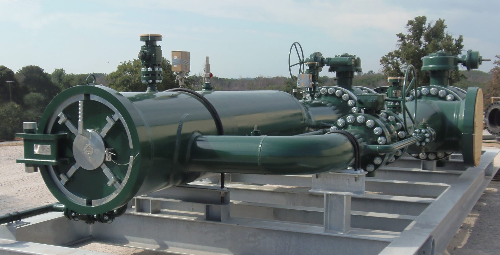 Pipeline Equipment Launcher and Receiver Main Photo